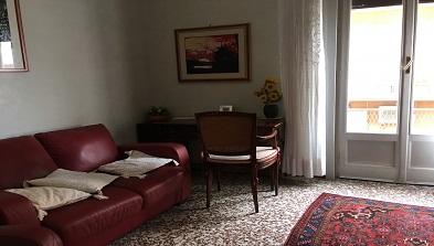 Spazioso-Bilocale-in-Via-Montebello-jpg