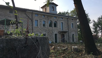 Prestigioso-rustico-con-Parco-a-Cazzola-di-traversetolo-jpg